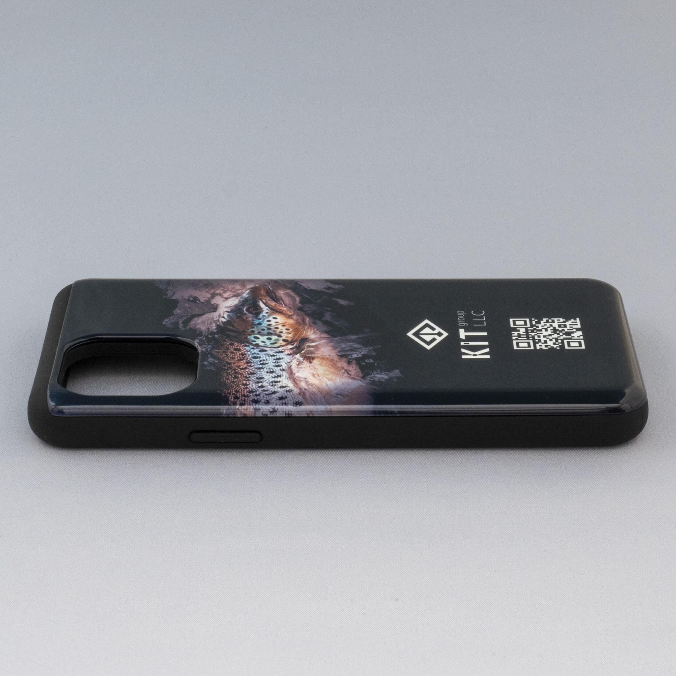 ブラウントラウトのiPhoneケース画像2